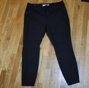Torrid size 20R black jeggings
